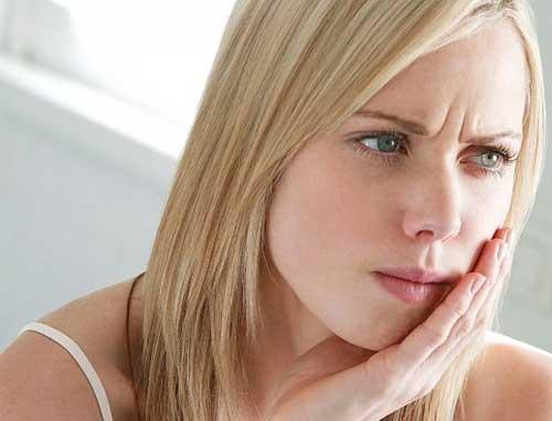 Nhiệt miêng nguyên nhân và phương pháp điều trị bằng đông y